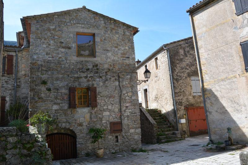 Vue du village de Saint-Maurice de Navacelles 1
