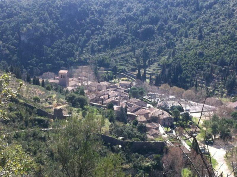 Le village de Saint Guilhem Le Désert