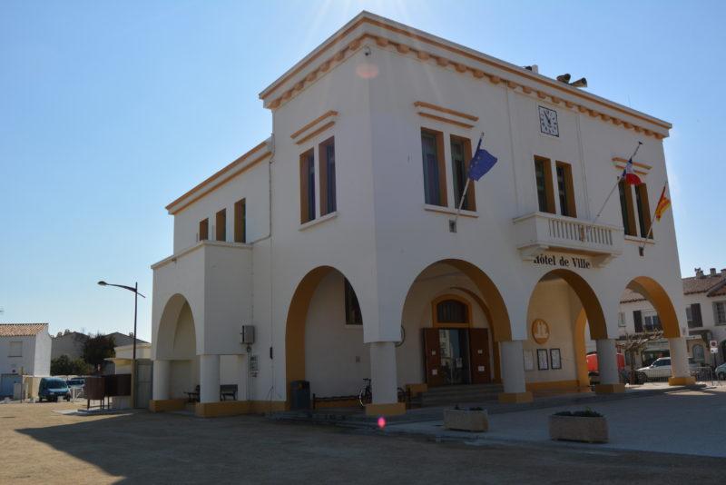 La Mairie des Saintes Maries de la Mer